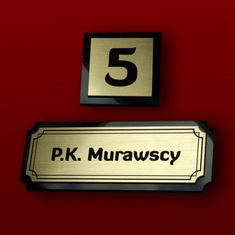 Tabliczka na drzwi 13x5 cm na plexi z numerem